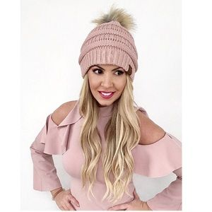 Accessories - CC Knit Beanie with Fur Pom (more colors)